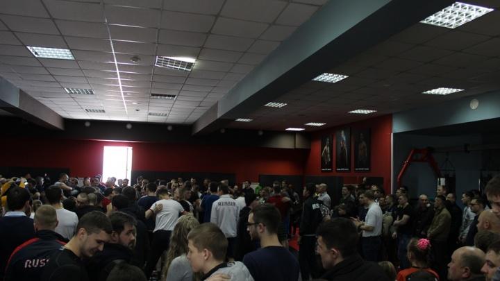 Известный чемпион по боям без правил открыл в Новосибирске школу единоборств