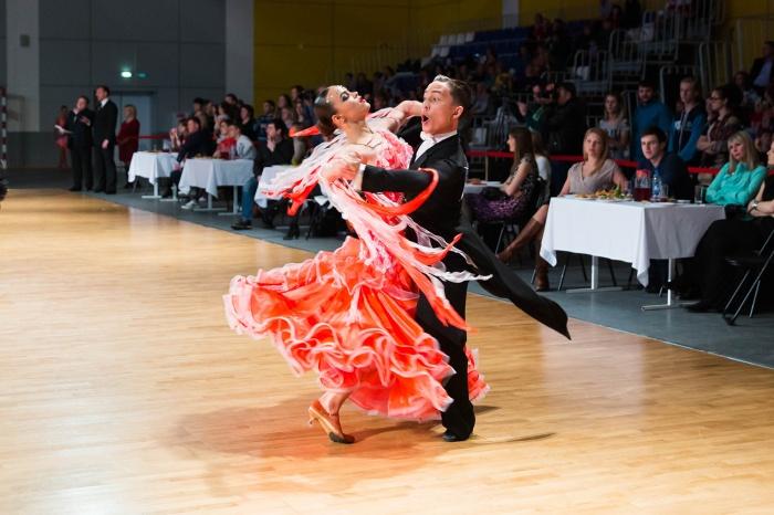 В Новосибирске собрались танцоры из 4 стран и соревновались в мастерстве три дня (фото)