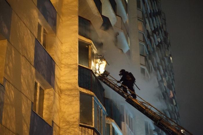 Пожар на Горском тушили 1,5 часа —повреждены около 10 квартир