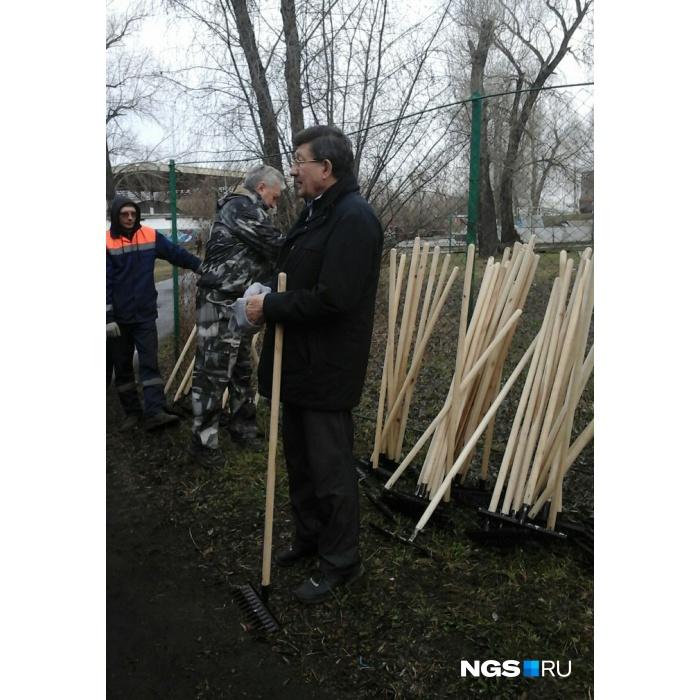 Двораковский пообещал омичам новый спорткомплекс на«Зеленом острове»