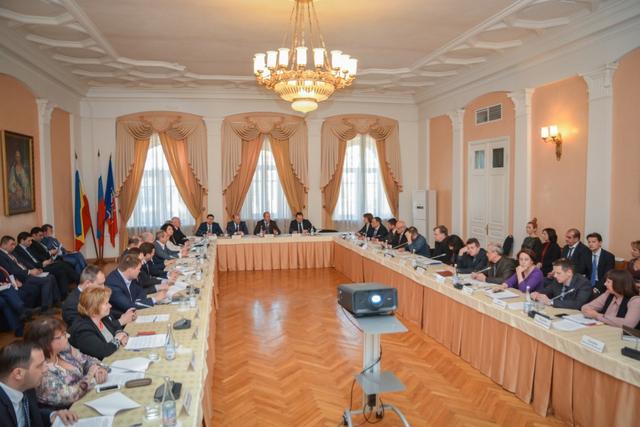 Совет по инвестициям обсудил четыре проекта в Ворошиловском районе