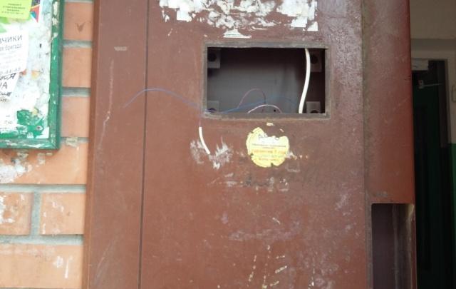 Мастер-подрядчик демонтировал все домофоны в доме на Темернике, требуя погашения долга от ТСЖ