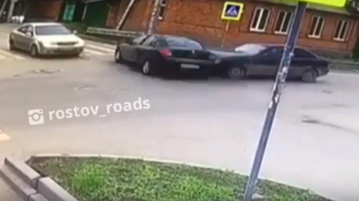 Перевернулся на крышу: на пересечении Белорусской и Днепровского случилось тройное ДТП