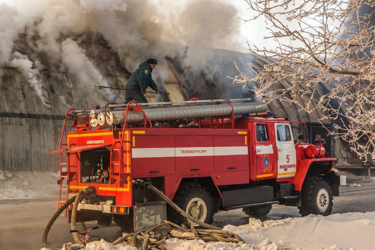 Если вы стали очевидцем пожара, присылайте нам фотографии с места происшествия