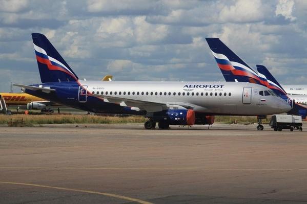Самолет «Сухой Суперджет» снова не смог вылететь в Ростов