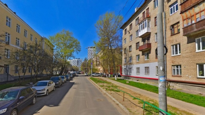 После 6 мая — штраф. Водителям запретят останавливаться на улице Маршала Баграмяна рядом с ННГУ