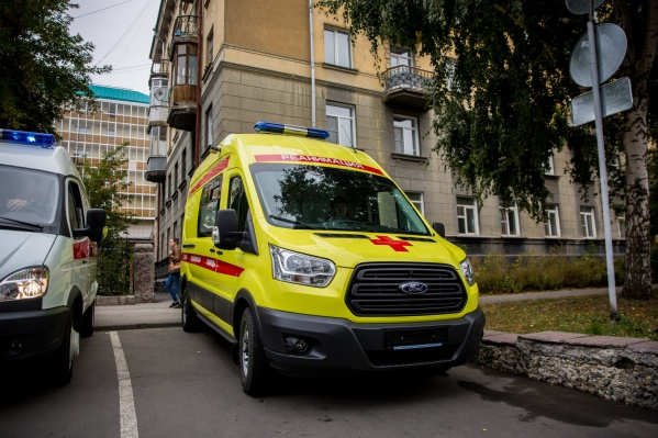 Следователи выясняют причины гибели 35-летней жительницы Новосибирска