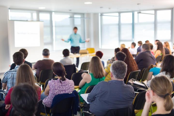 Участники мероприятия могли задать вопросы спикерам семинара