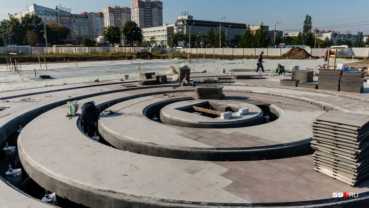 «250 тонн воды ежедневно и шесть километров сетей»: экскурсия по новому фонтану на эспланаде