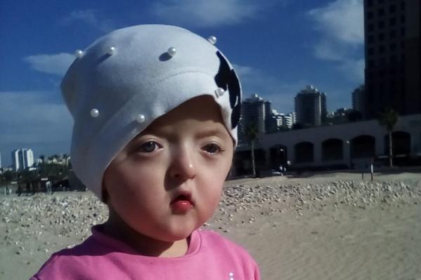 Девочка до сих пор находится в Израиле и ждет хороших новостей
