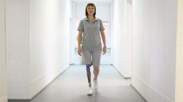 «Теперь готова покорять Олимп»: волгоградская паралимпийская спортсменка научилась жить с бионическим протезом