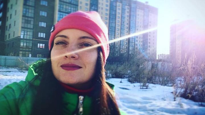 «И золотые руки дают сбой»: после операции у заслуженного врача России в ОКБ № 1 умерла девушка