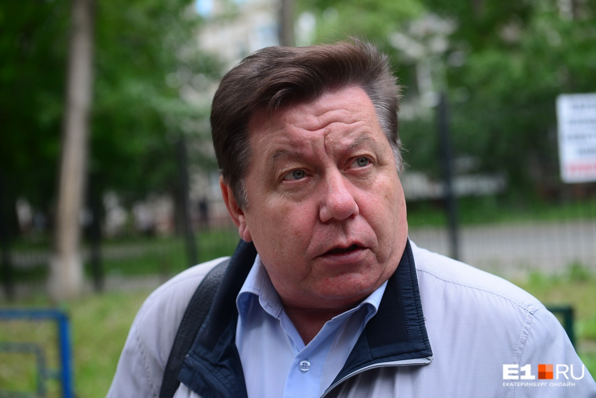 Олег Бормотов перевел жителей дома на прямые взаимоотношения с поставщиками коммунальных услуг