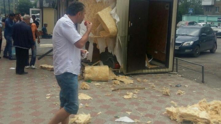 В Уфе разнесло киоск из-за взрыва баллона