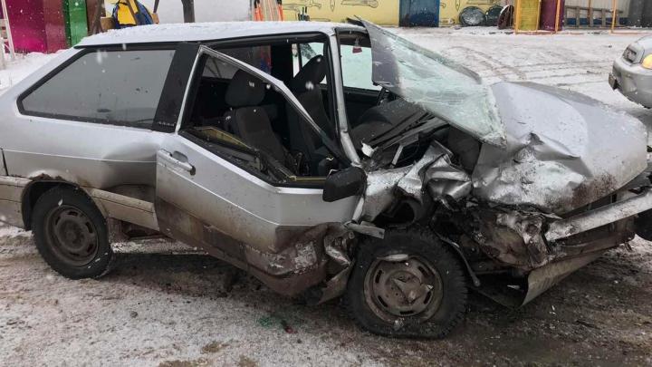 «Восьмерку» разорвало, «Калина» в кювете: публикуем топ дорожных аварий на дорогах области