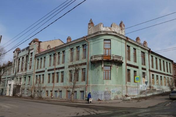 Особняк, построенный в 1850 году, стал одним из первых кирпичных зданий Самары