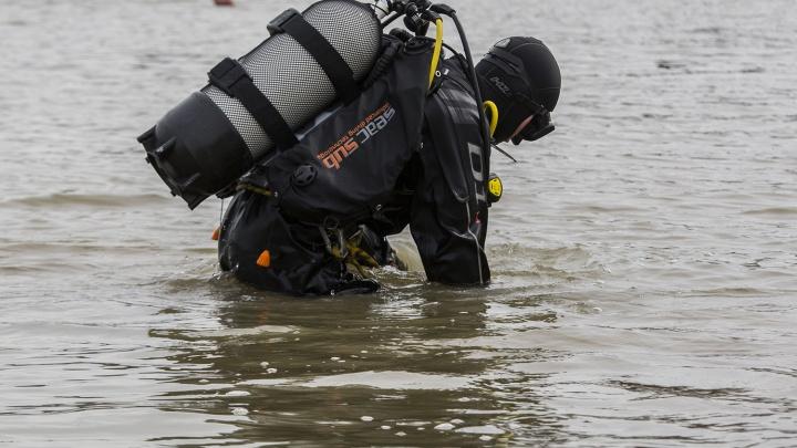 Водолазы нашли тело в реке под Новосибирском