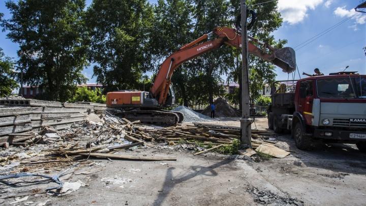 Ради высотки в Новосибирске снесли здание детского сада