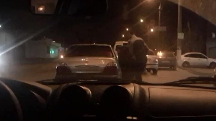 Задержание крупных наркоторговцев в Волгограде попало на видео