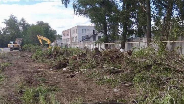 Готовят под канализацию: на проспекте Кирова начали обустраивать ливневки