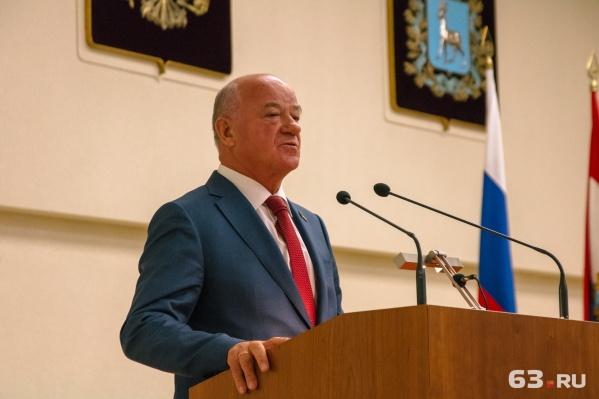 Виктор Сазонов руководил думой с 2001 года