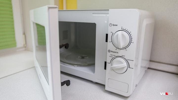 Слишком дорогая микроволновка: волгоградцы отсудили у «М.Видео» более 3 миллионов рублей