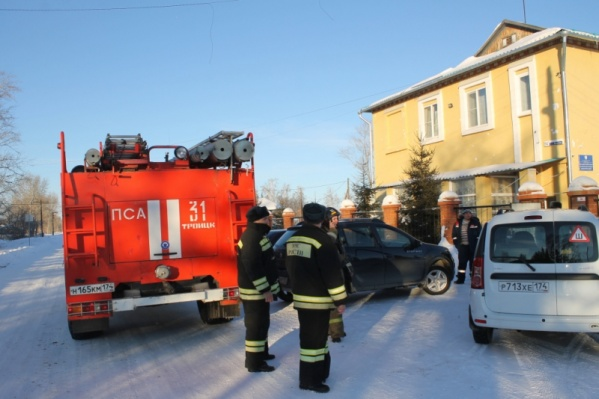 Из здания эвакуировали20 человек персонала и 37 человек постояльцев