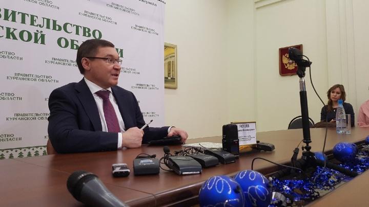 Владимир Якушев опроверг информацию, что приехал поддержать Вадима Шумкова до выборов