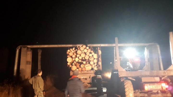 На Урале лесовоз пробил газопровод. Город и три посёлка остались без газа