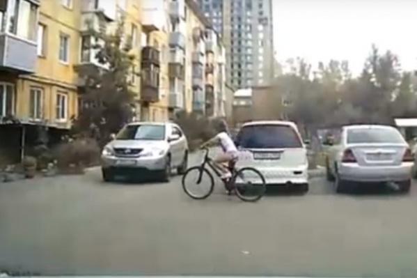 Девочка действительно столкнулась с авто, но никаких травм не получила