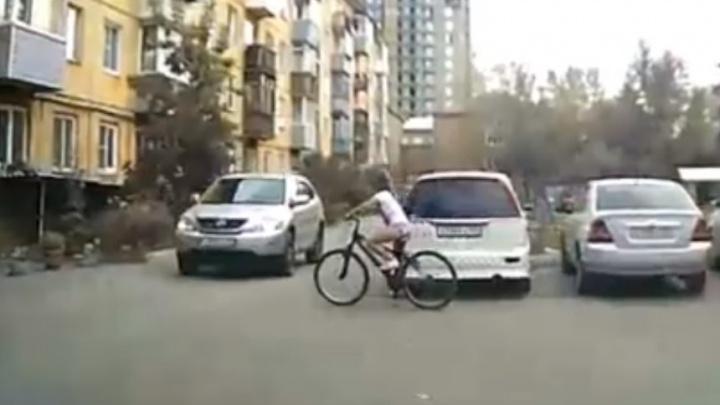 Водителя «Лексуса» оправдали в ДТП со сбитой девочкой на велосипеде. Всё прояснило видео регистратора