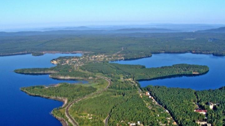 «Просто хаос»: берег озера, в которое упал челябинский метеорит, застроят высотками
