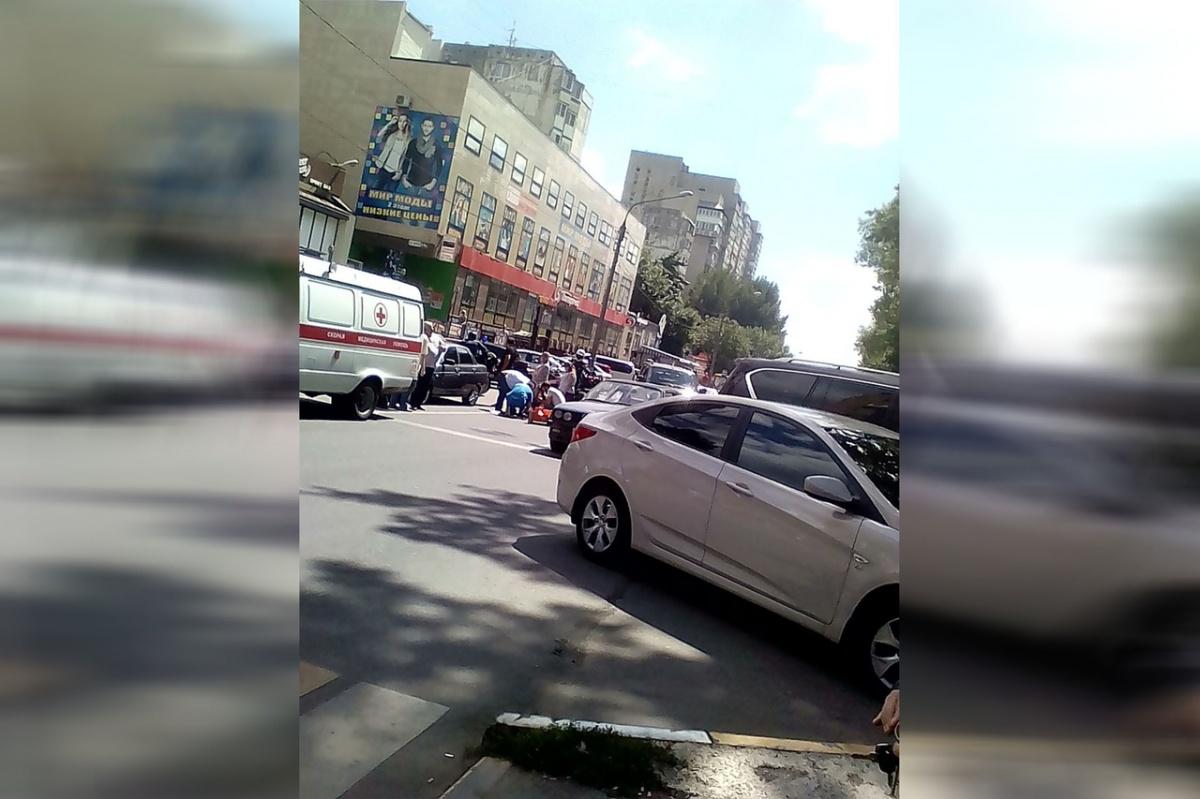 ДТП произошло на Зорге, 64