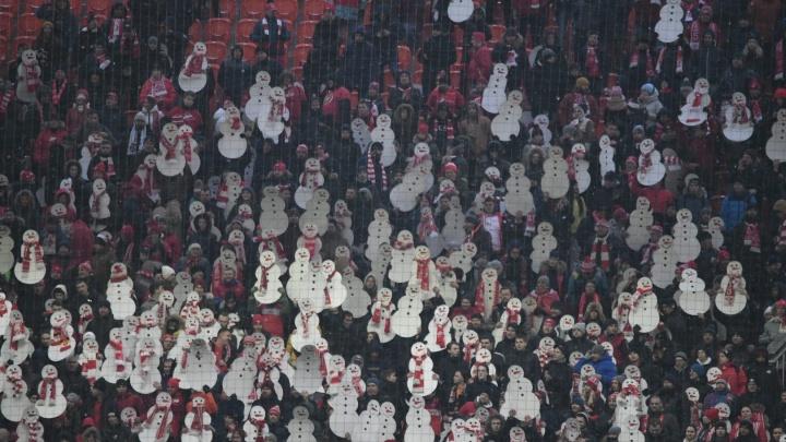 «Спартаку» выписали крупный штраф за матерные кричалки про Дзюбу на матче с «Уралом»