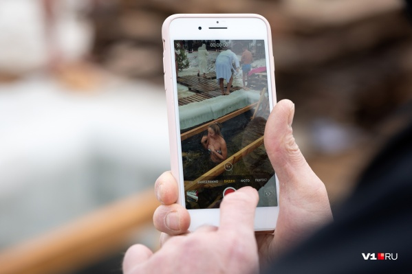 Волгоградские спасатели уверены, что купаться в проруби стало модно