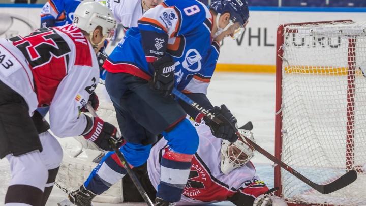 Тольяттинская «Лада» вышла на первое место в турнирной таблице Высшей хоккейной лиги