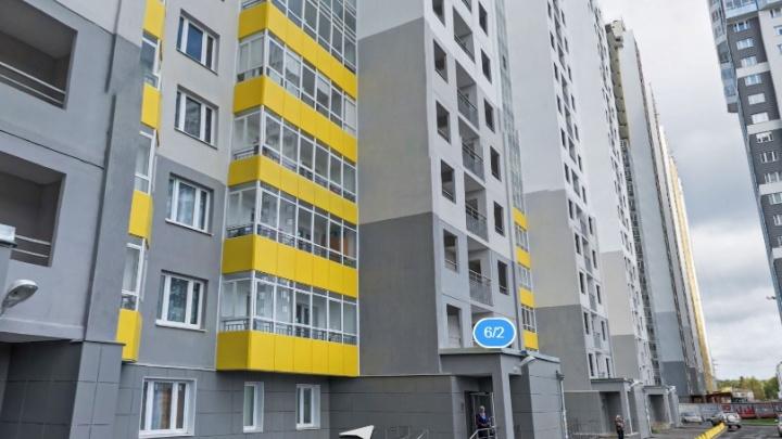 Фильтры забиты, лифты сломаны: жильцы новостройки на ЖБИ подали в суд на управляющую компанию