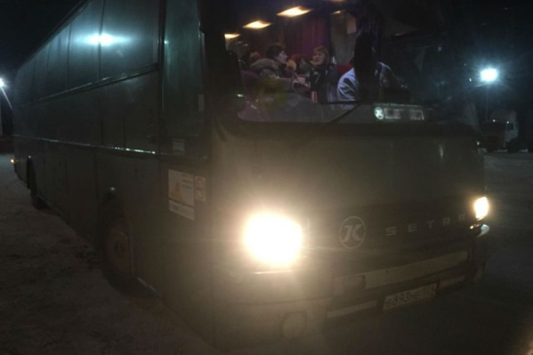 Пассажирам пришлось ждать замену автобуса пять часов