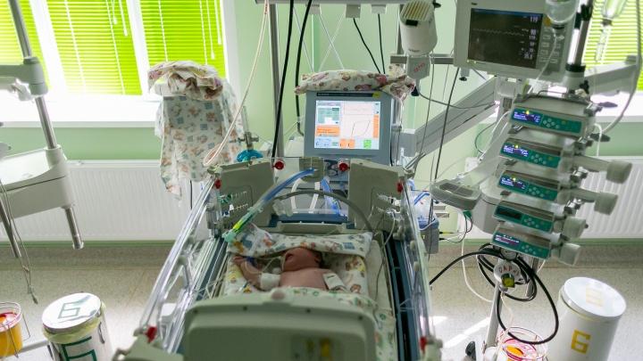 Трехмесячная малышка умерла от отита: мама занималась самолечением