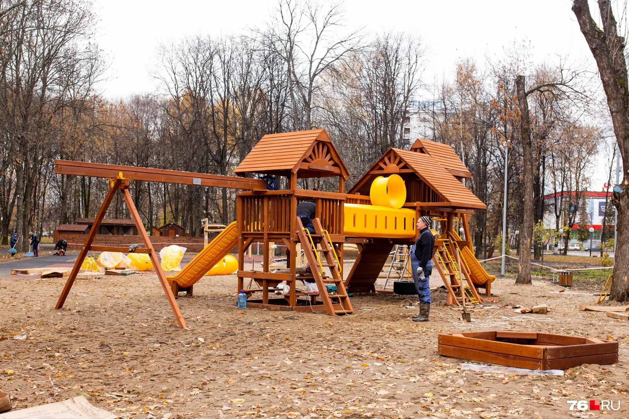 Ярославцам площадка понравилась больше, чем горка из грязи