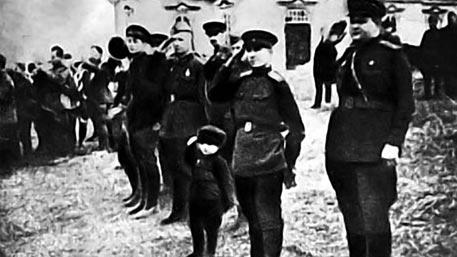 В бой идут не одни старики: о шестилетнем челябинце, оборонявшем Сталинград, начали снимать кино
