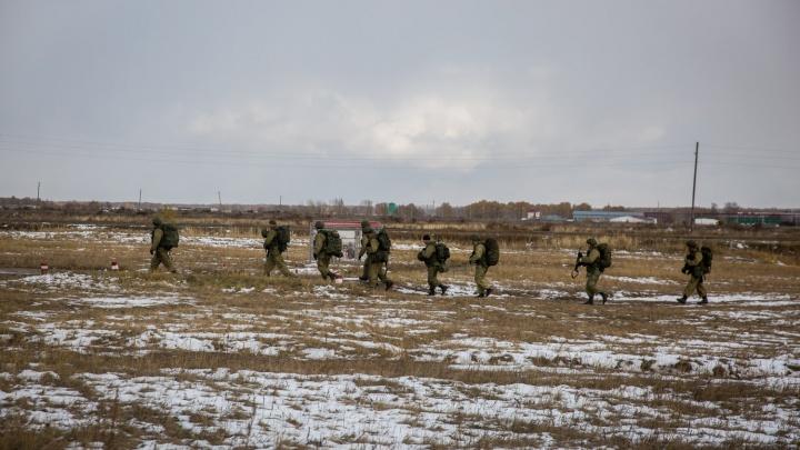 На полигоне под Новосибирском спецназ эвакуировал мирных жителей