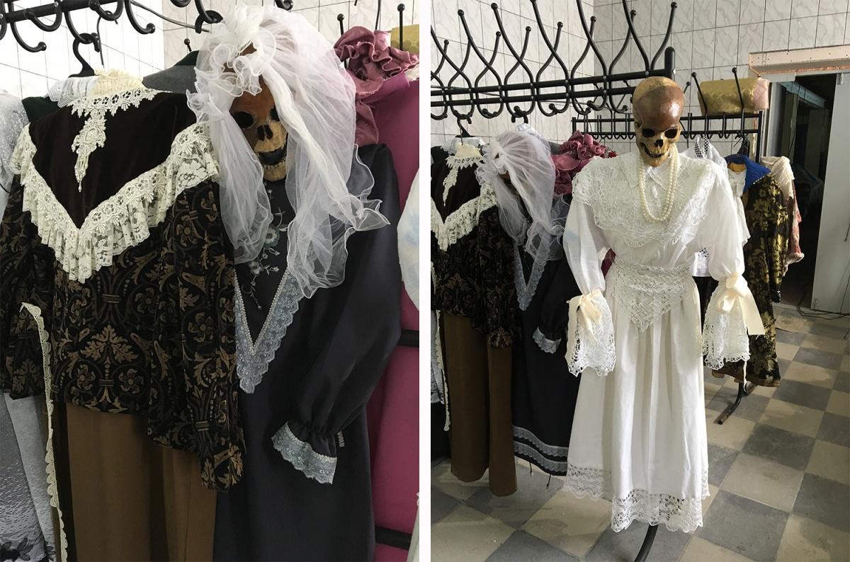 Для экспонатов выставки приготовили наряды, которые повторяют одежду разных народностей периода XVIII–XIX веков