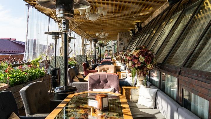 Обед на свежем воздухе: изучаем популярные кафе и рестораны с летними верандами