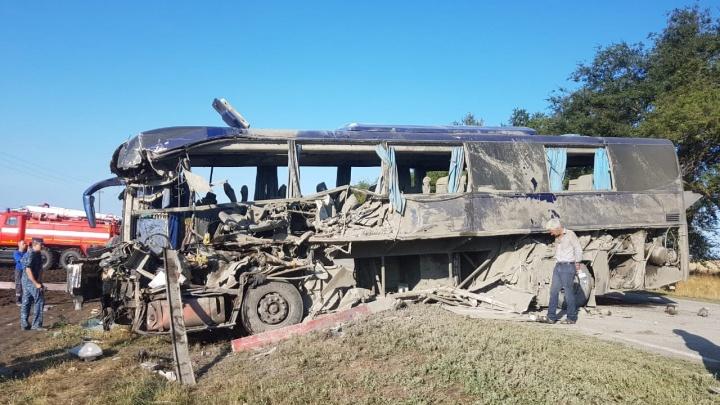 «Под завалами была женщина с сыном»: спасатель рассказал подробности автокатастрофы под Ставрополем