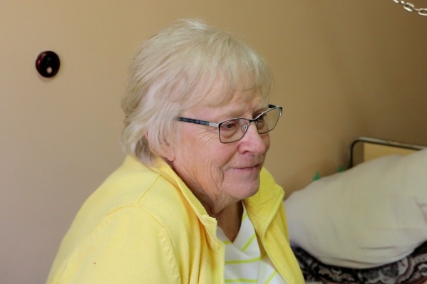 80-летняя Энни Ирен Вилмс благодарит тюменских врачей за оперативную помощь и за то, что спасли её