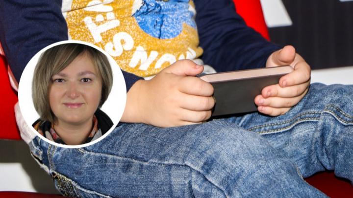 Мамская колонка: «Мы откупились от детей гаджетами, а теперь виним их в зависимости от смартфонов»