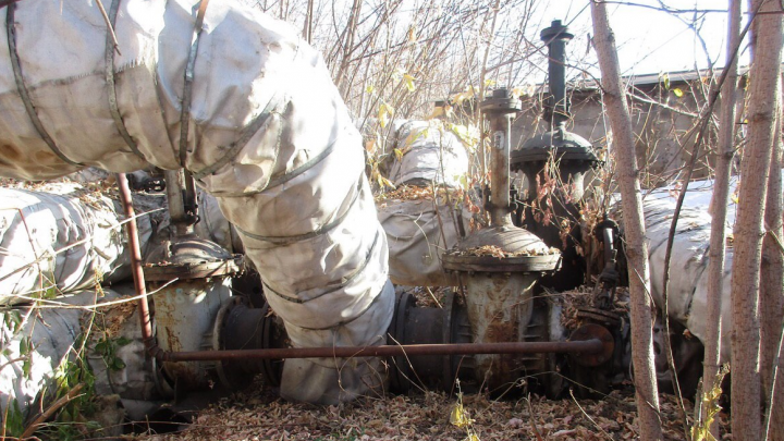 «Омсктехуглерод» обвинил«Тепловую компанию» в установке врезки, которая может лишить омичей тепла