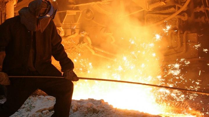 На заводе в Серове слесарь во время смены получил перелом черепа
