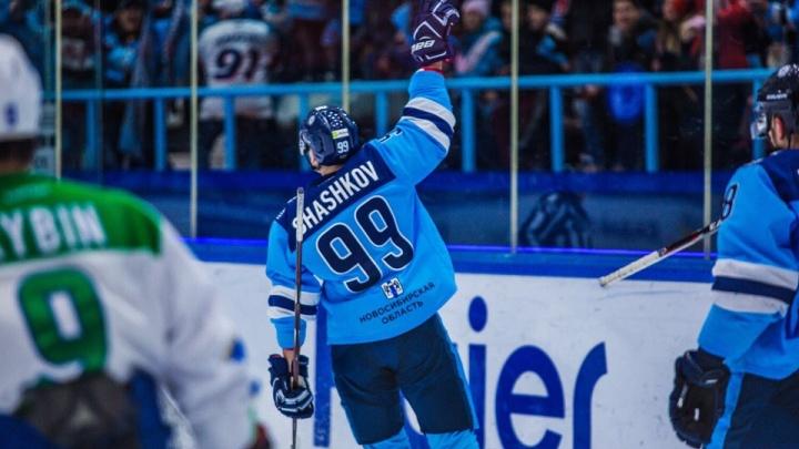 Хоккейная «Сибирь» заключила новый контракт с игроком молодежной сборной России